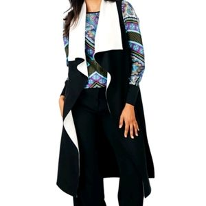 NEW Tracy Moore by Frida's Contrast Vest B&W
